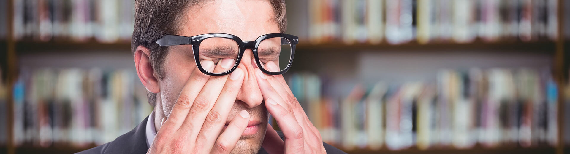 rubbing your eyes can harm your vision